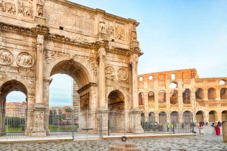 Sistine Chapel and Colosseum Express Tour
