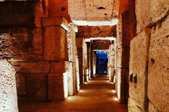 VIP Colosseum Underground Tour and Ancient Rome