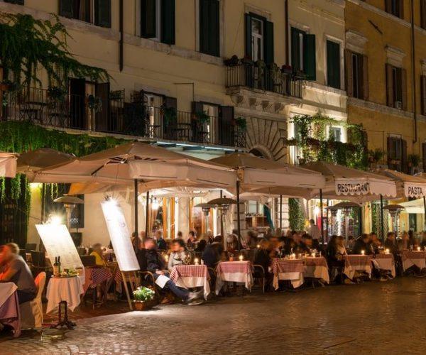 Comer con lugareños en Roma | Privado