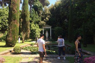Excursión de un día a la residencia de verano del Papa en Castel Gandolfo con experiencia culinaria   Grupo pequeño