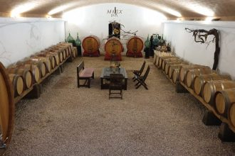 cellar wine and country roman hills