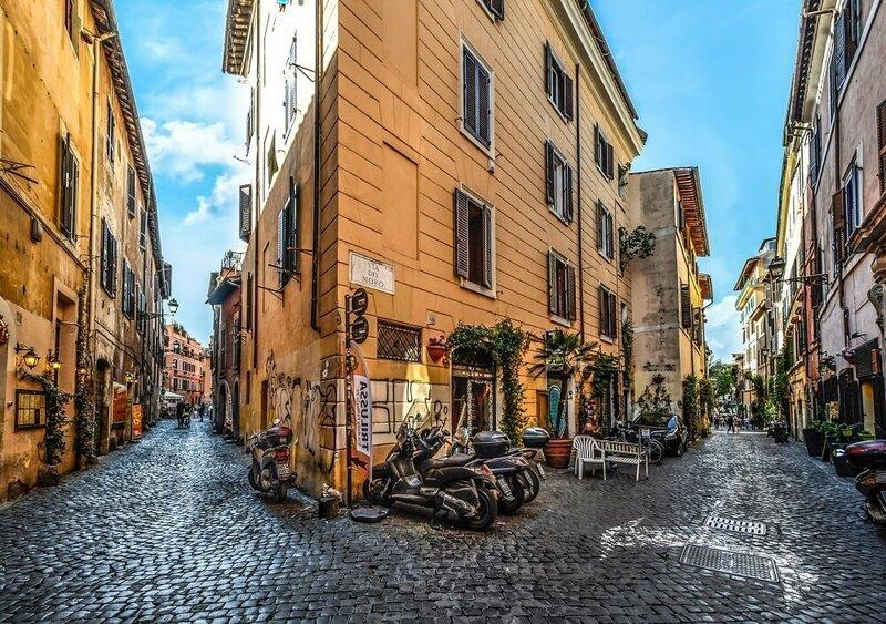 Hidden Trastevere and Villa Farnesina Tour | Private