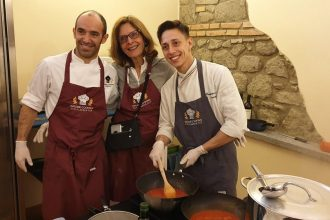 Day Trip to the Pope's Summer Residence at Castel Gandolfo with Cooking Experience   Small Group