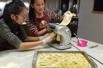 True Roman Experience: Colosseum & Private Cooking Class