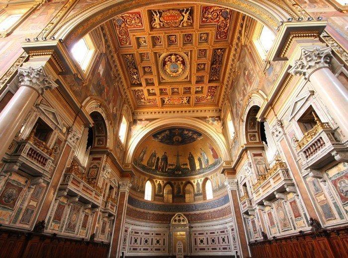 Descubriendo la iglesia de San Juan de Letrán en Roma