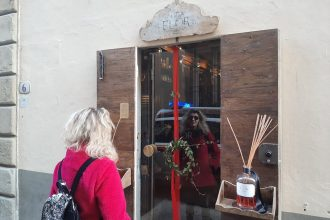 Elisabetta Aquaflor Window
