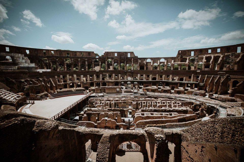 Imagen del piso de la arena del Coliseo Romano
